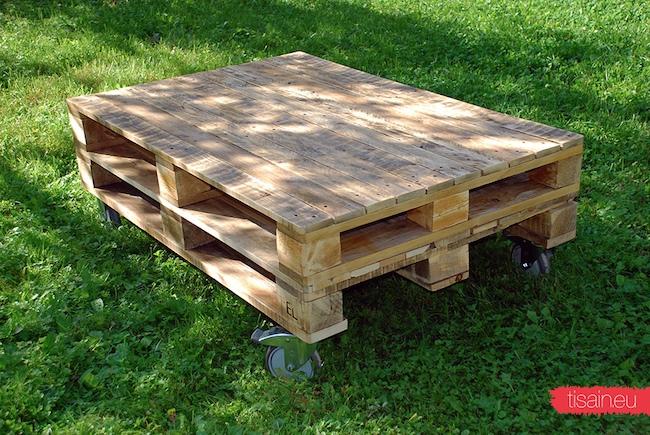 Veel üks lauake