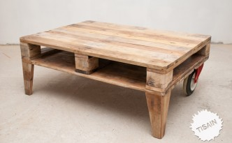 Tisain Stuudjo pallet table